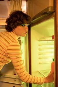 неприятный запах из холодильника как устранить