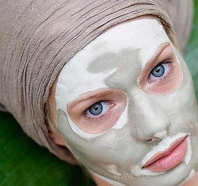 Могут ли маски из белой глины помочь проблемной коже?