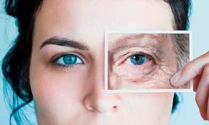 Уход за кожей вокруг глаз после 40 лет: эффективные домашние маски