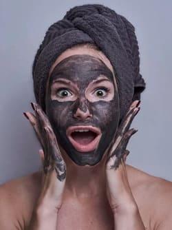 Простые маски для лица в домашних условиях - 11 рецептов