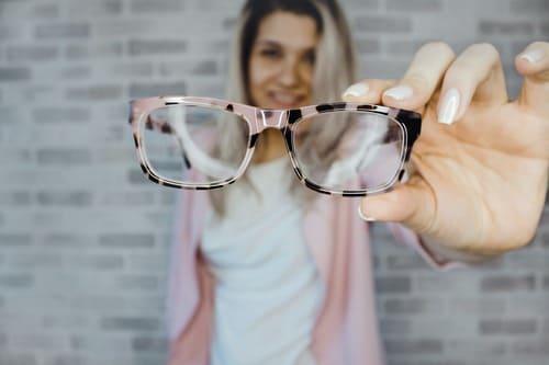 10 привычек, которые портят нам зрение